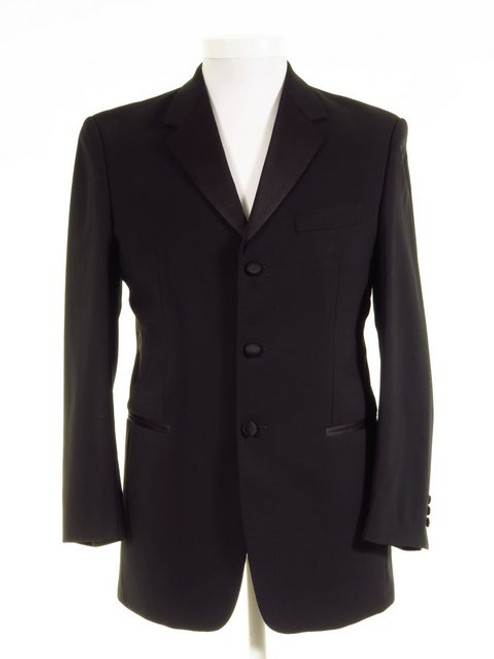 Three button dinner jacket