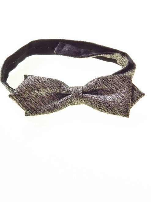 Diamond point bow tie metallic silver