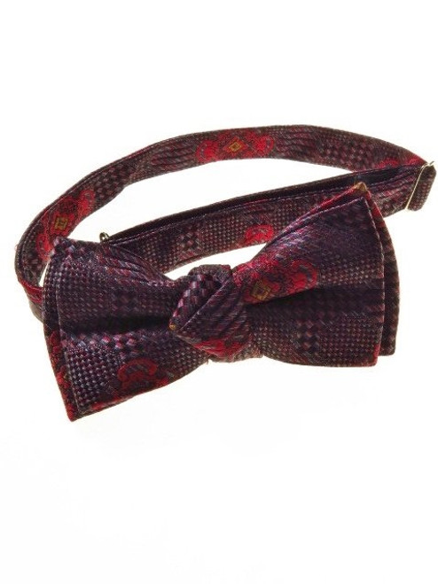Small silk bow tie