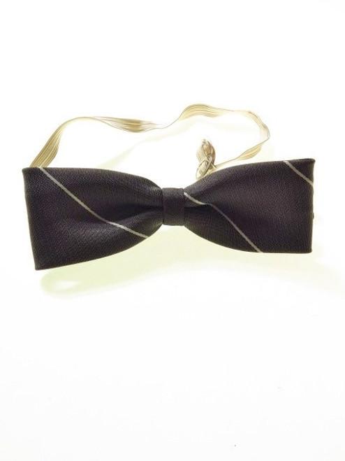 Grey batwing bow tie