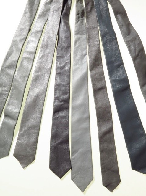 Mens genuine leather tie grey