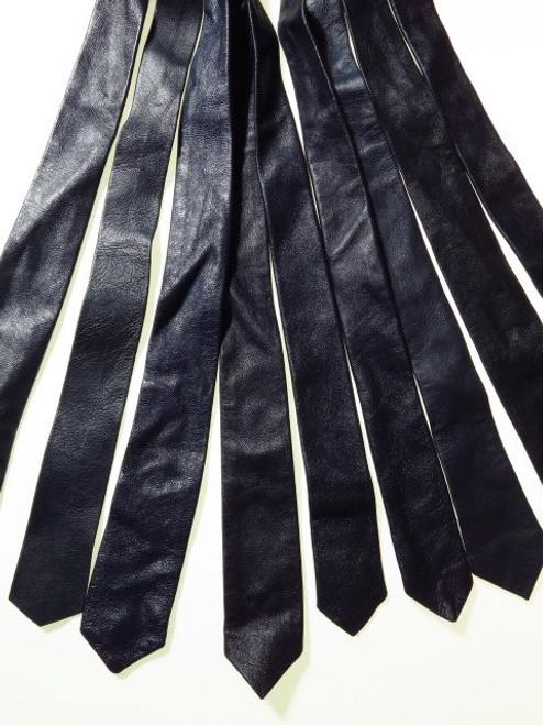 Genuine leather tie navy
