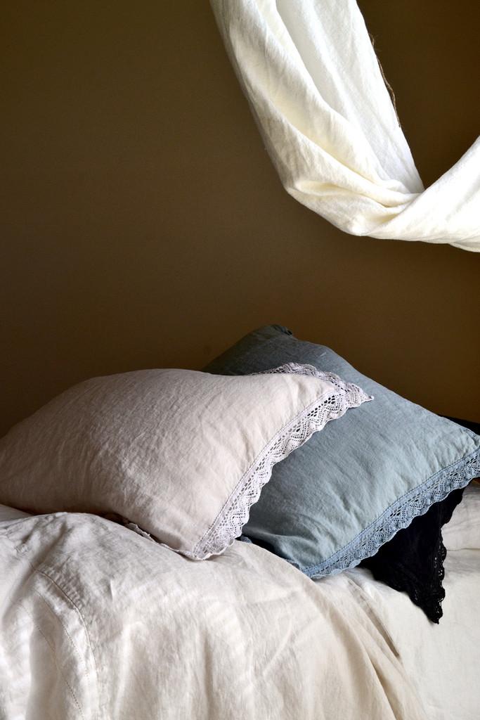 Cream laced linen pillow case