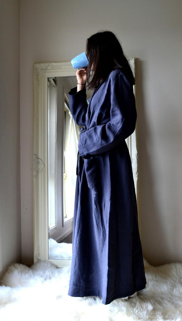 Midnight Blue Stonewashed Linen Bath/Spa Robe