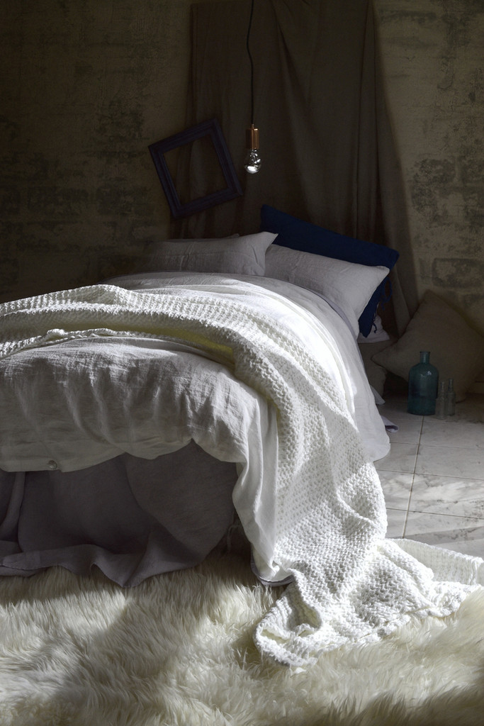 Antique white stonewashed linen duvet/quilt cover
