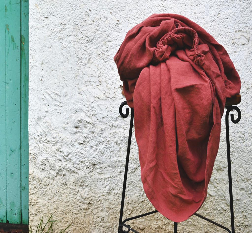 Marsala stonewashed linen fitted sheet