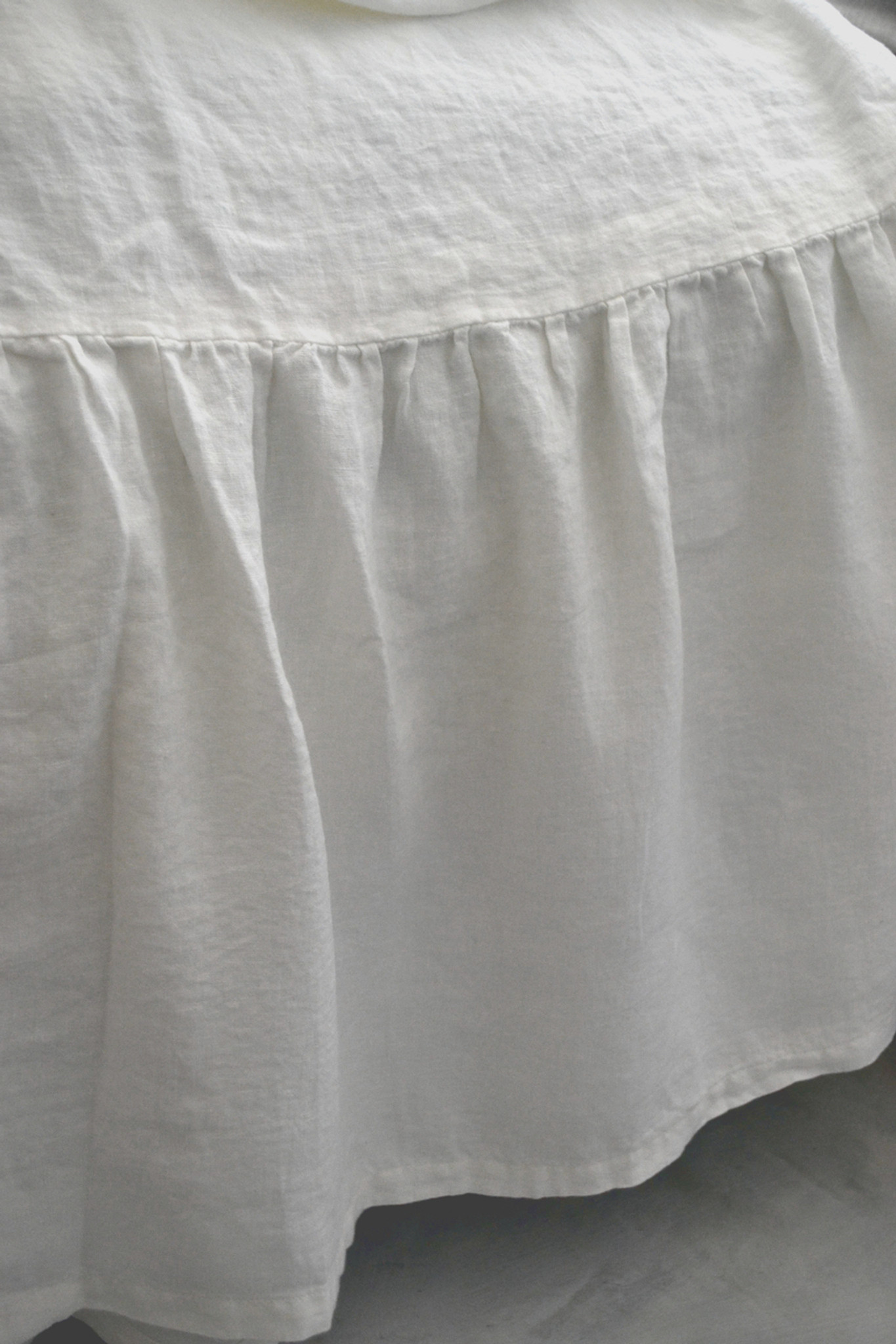 White Ruffled Linen Bed Skirt Dust Ruffle Valance