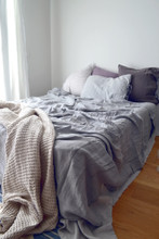Luxurious light grey linen flat sheet