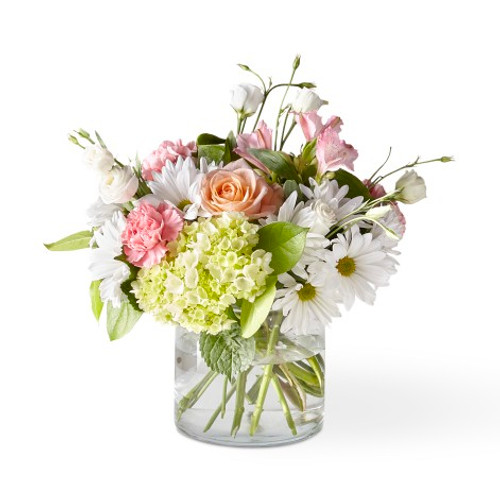 The FTD® Flutter By Bouquet -Deluxe