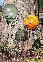 Scroll Gazing Ball Stand