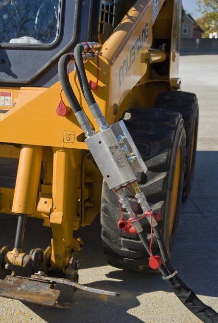 LFD 20: Oil flow divider, pressure regulator and flow direction control valve (preset at 20 lpm/160bar, 5 gpm/2320 psi)