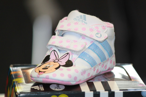 Adidas Disney Crib shoe-Pink