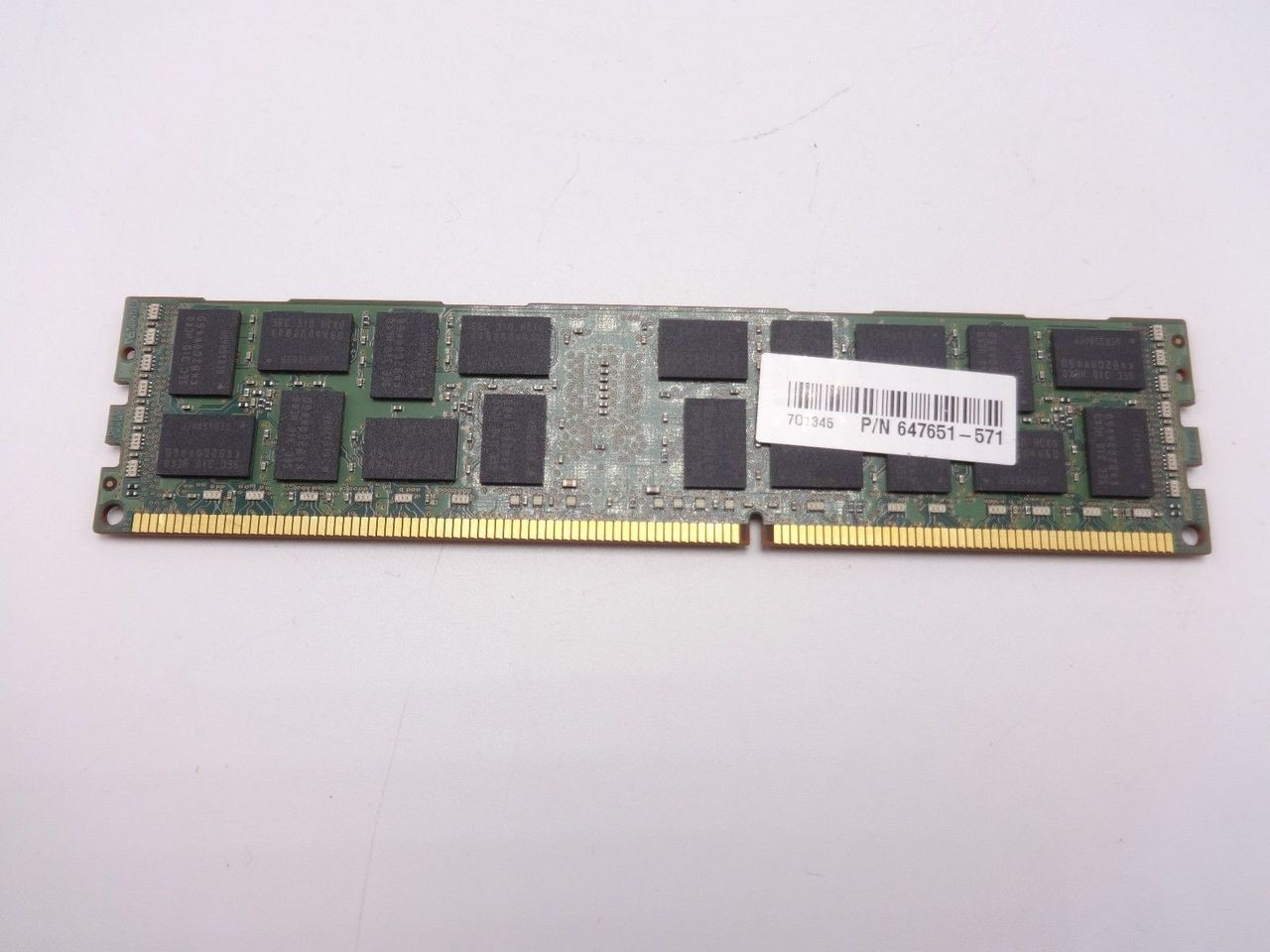 HP 647651-571 8GB PC3 12800R 2RX4 ***Server memory only***