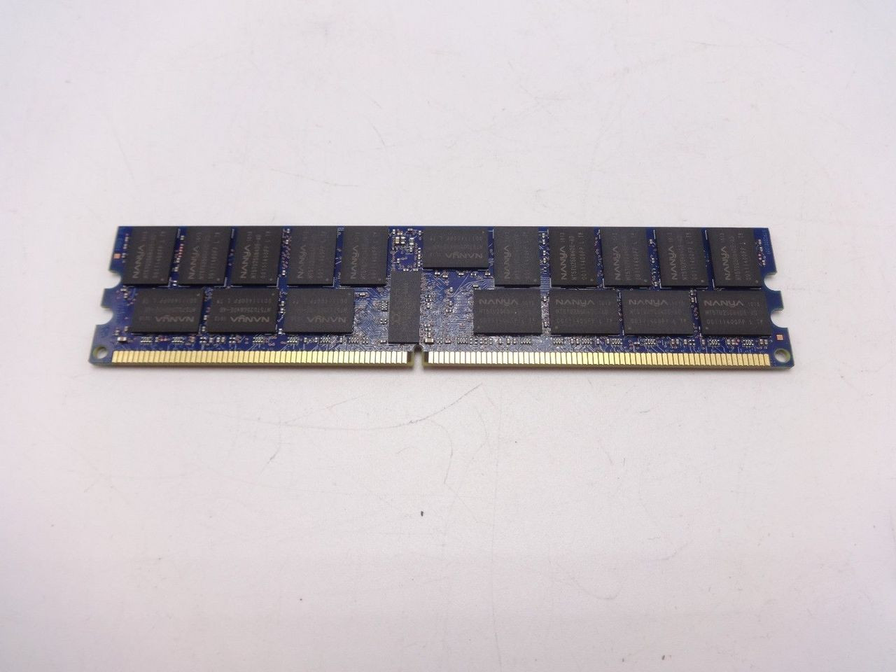 NANYA NT4GT72U4ND0BV-AD 4GB PC2 6400P 2RX4 DIMM WX73 ***Server memory only***