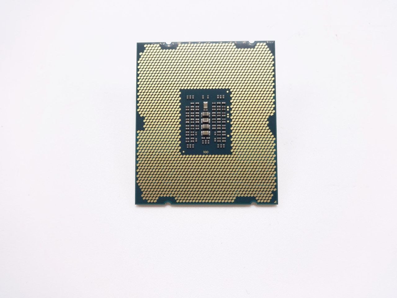 Intel Xeon E5-1620 v2 Quad-Core Processor 3.7GHz 0GT-s 10MB LGA 2011 CPU44; OEM