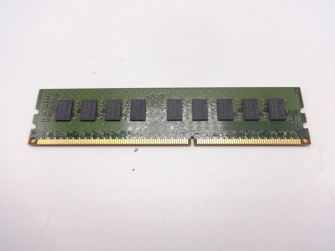 Samsung M391B5673EH1-CH9 2GB PC3 10600E 2RX8 DIMM J160C ***Server memory only***