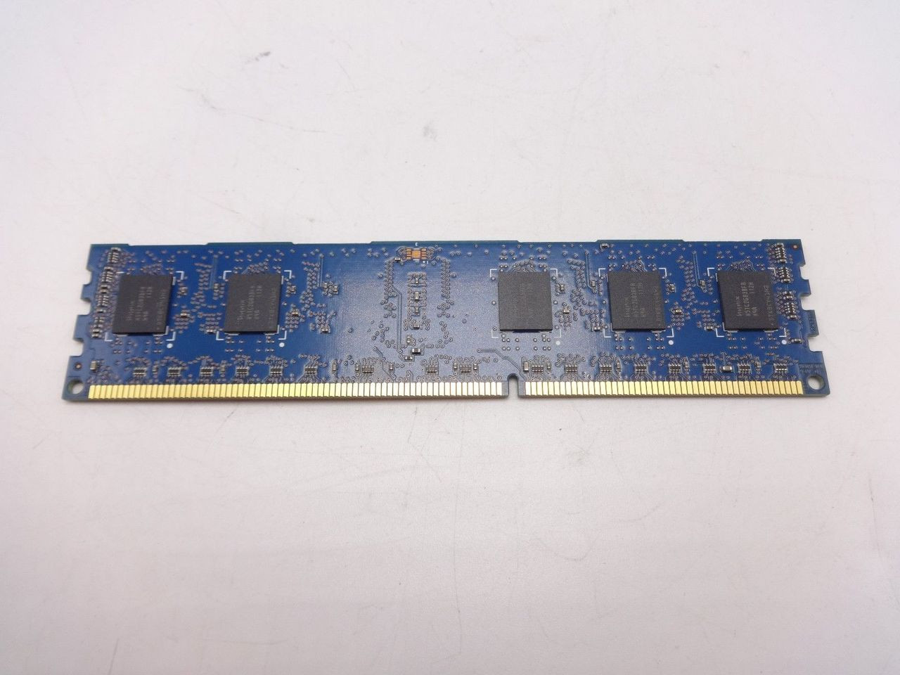 Hynix HMT325R7BFR8A-H9 2GB PC3L 10600R 1RX8 DIMM ***Server Memory Only***