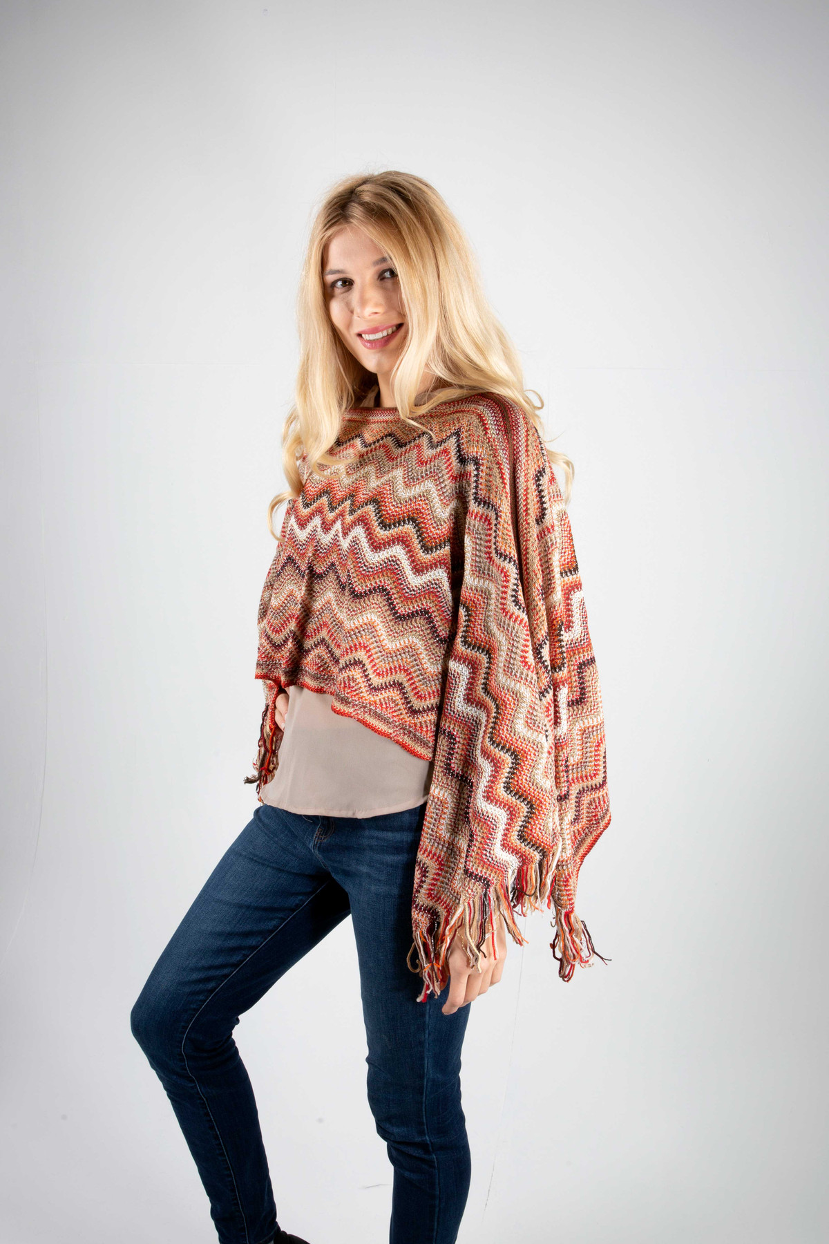 Wave Vertical  Poncho In Red And Olive
