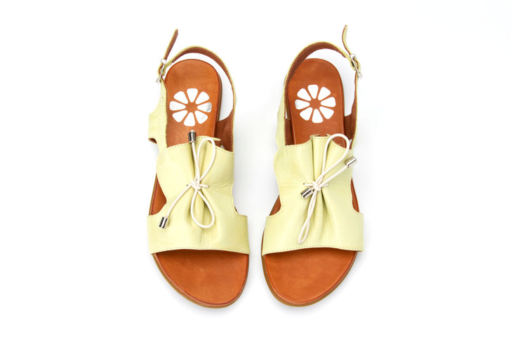 Orenge Leather Sandal with tie in chartreuse