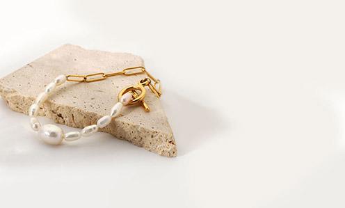 0002-jewelry-vt-casual.jpg