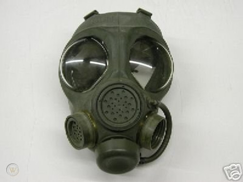 Canadian Armed Forces Issue C4 Gas Mask w/Filter and Carrier