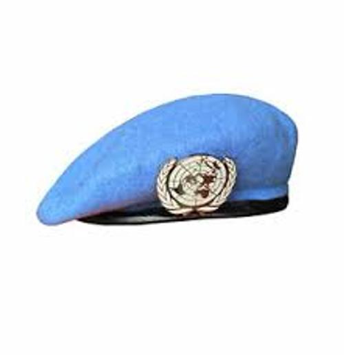 U.N. Military Style Beret 100% Wool w/ Hat Badge