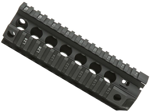 "BCM GUNFIGHTER Quad Rail Free Float Handguard (Length: 7"" / Black)"
