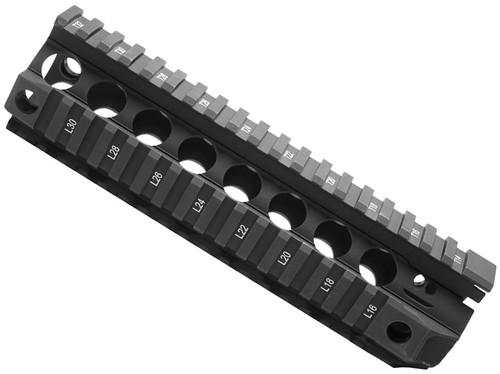 "BCM GUNFIGHTER Quad Rail Free Float Handguard (Length: 8"" / Black)"