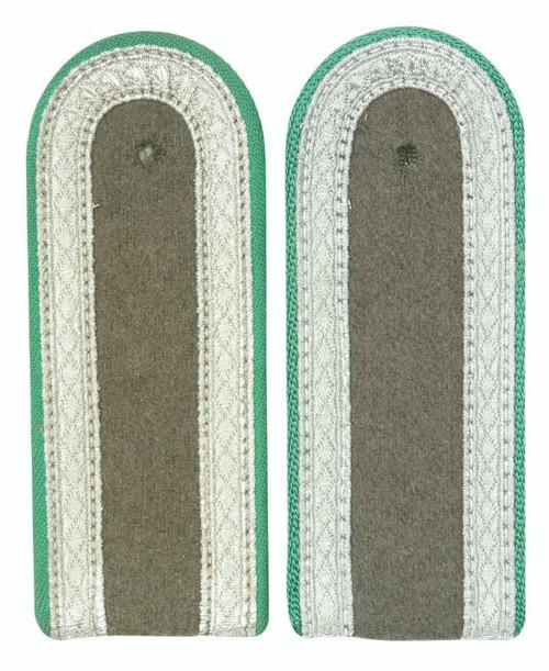 East German Green Sgt. Shoulder Boards