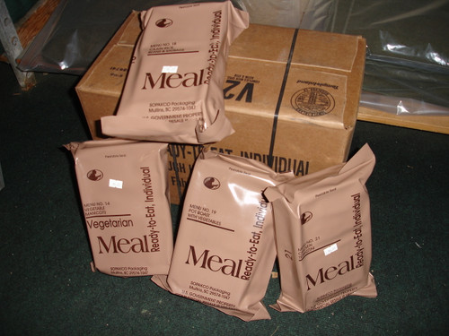 U.S. Armed Forces - MRE Single Packet W/ Flameless Ration Heater