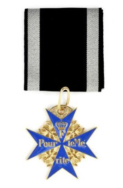 WWI Imperial German Blue Max Medal Pour le Merite