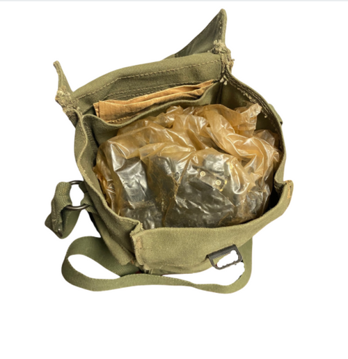 51' Pattern Canadian Issued M69 Gas Mask Kit