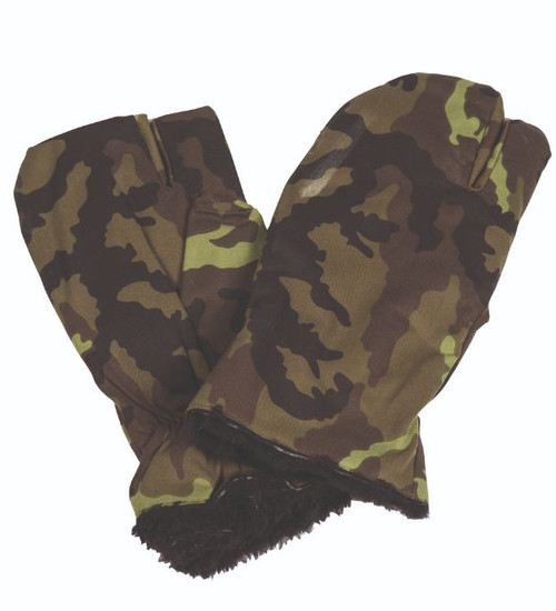 Czech Armed Forces   M95 Camo Trigger Finger Mittens