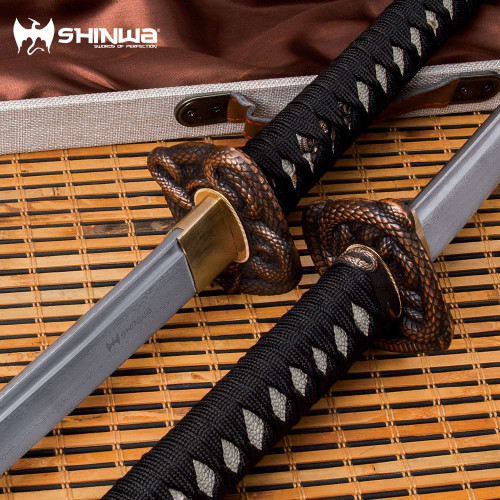 Shinwa Black Serpent Katana And Scabbard