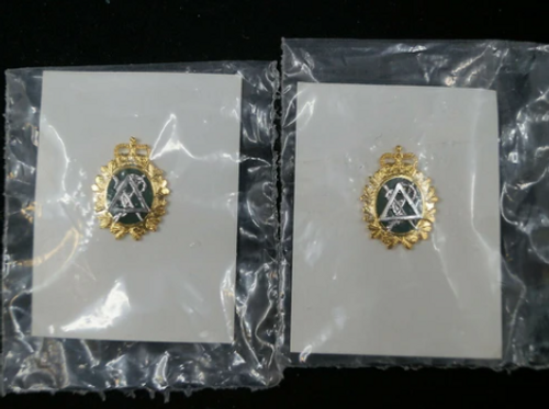Canadian Forces Dental Corps Collar Badge (Pair)