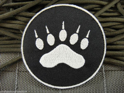 Tracker Paw Glow In The Dark Black/White - Morale Patch