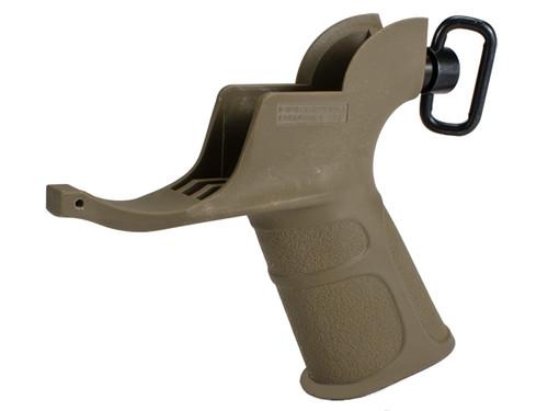 "APS Hakkotsu ""Endurance"" Grip with Integrated Trigger Guard for M4 Series Airsoft AEG Rifles - Dark Earth"