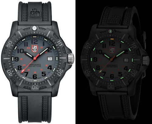 Luminox Land A.8802 Black Ops Carbon Series