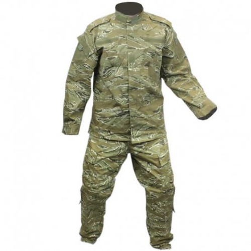 Combat Uniform - 2 Piece Set - Pants and Jacket - Tiger Stripe