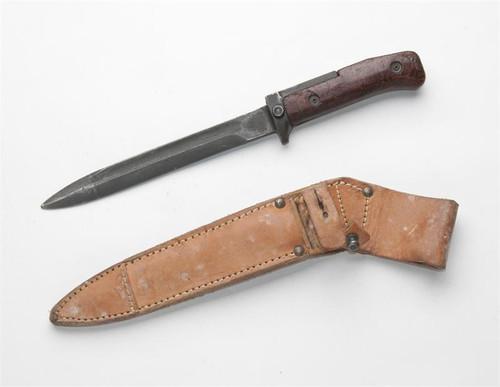 VZ58 Bayonet w/ Leather Scabbard