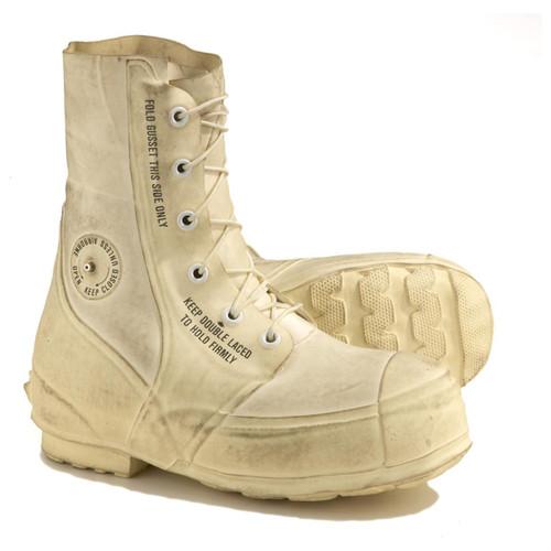 U.S. Armed Forces Bata Arctic Bunny Boots