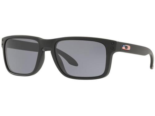 Oakley Holbrook Sunglasses (Color: Matte Black / Smoke Grey)