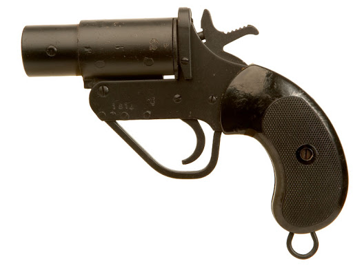 British Military WWII Flare Pistol - Deactivated