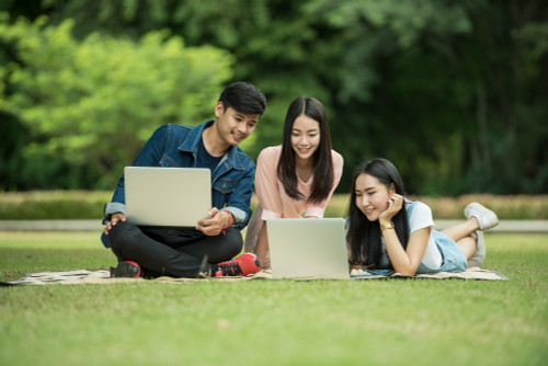 Driving the Circular Economy: Why Students Should Purchase Refurbished Laptops