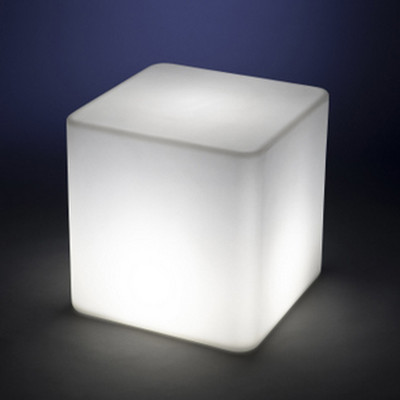 PolyDeco Cube 18″sq