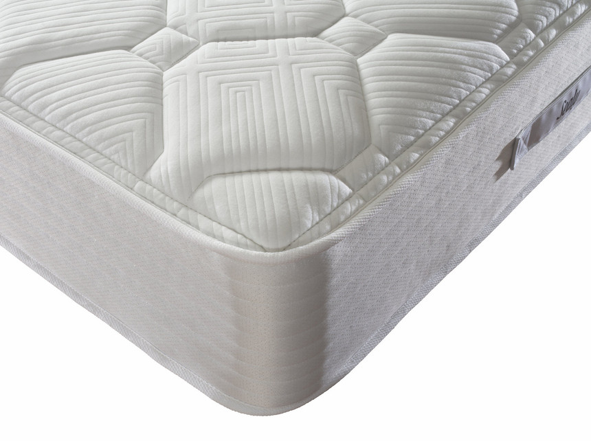 Sealy Memory Pocket 2400 Mattress (£449.99) SPEND £400+ SAVE £50