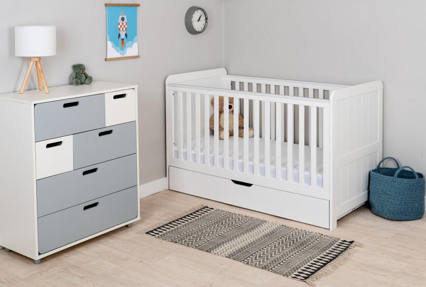 Mi Zone Convertible Wooden Cot Bed