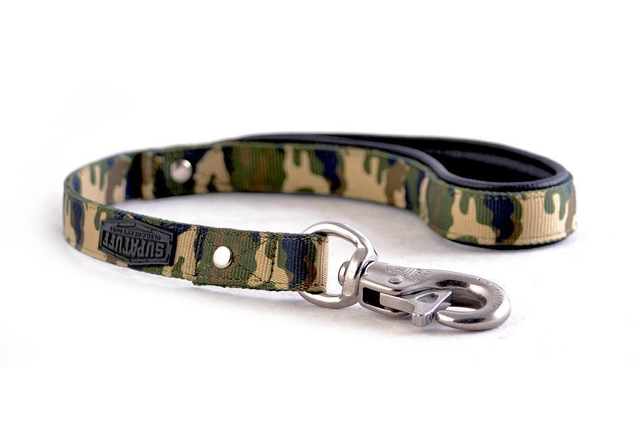 Stainless Steel Bullsnap Leash 60cm matching leash sold separately.