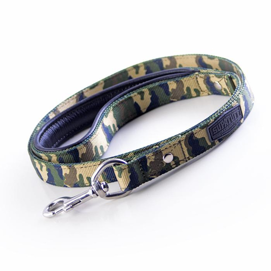 Stainless Steel Clasp Leash 120cm matching leash sold separately.