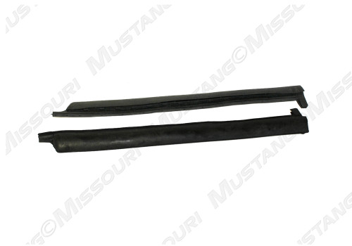 1983-1993 Ford Mustang convertible quarter window vertical seals, pair.